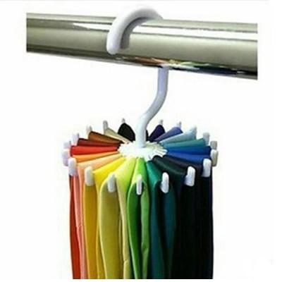 Κρεμάστρα για γραβάτες και ζώνες